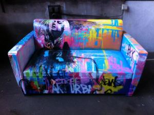 graffiti-sofa
